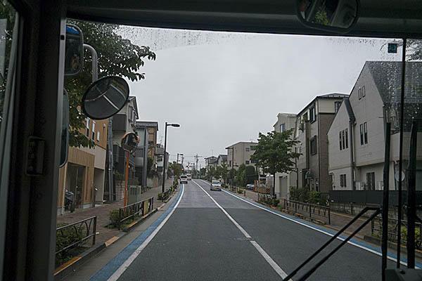 http://hokuten.sakura.ne.jp/blog/images/bus/tokyu/150826_20.jpg