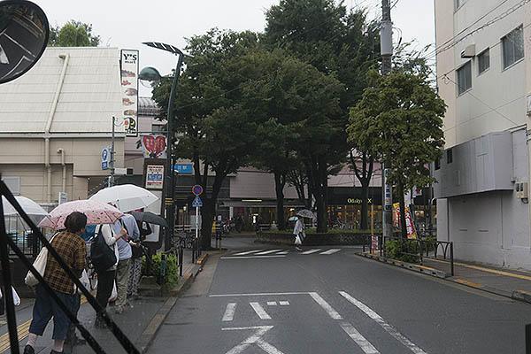 http://hokuten.sakura.ne.jp/blog/images/bus/tokyu/150826_23.jpg